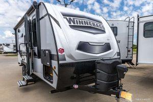 Trailer-Winnebago-Micro-Minnie-2106s-01