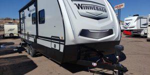 Trailer-Winnebago-Minnie-2202-rbs-Externa-01