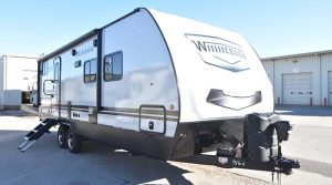 Trailer-Winnebago-Minnie-2301-bhs-Externa-01