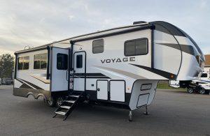 Trailer-Quinta-Roda-Voyage-V2932RL-01
